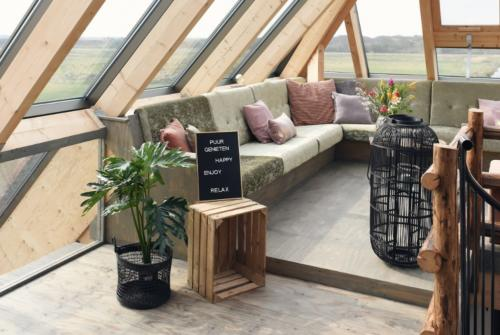 Zon Zee Strand - Landzicht familiehuis - lounge ruimte Puur Genieten aan de kust (2)